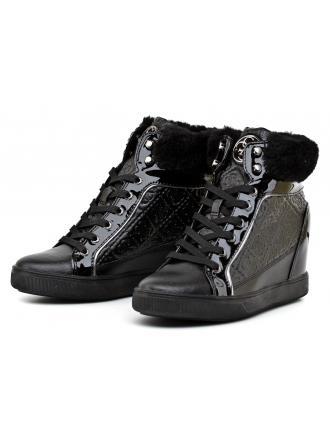 Sneakersy Damskie GUESS Czarne FUR 22 FLFUR3 ELE12 BLACK