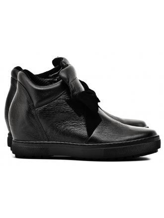 Sneakersy Damskie Venezia Czarne Skórzane 04 1073I PEL NER