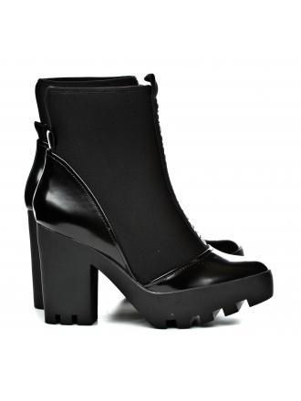 Botki Damskie Calvin Klein Jeans Czarne Stefania RE9763 Black
