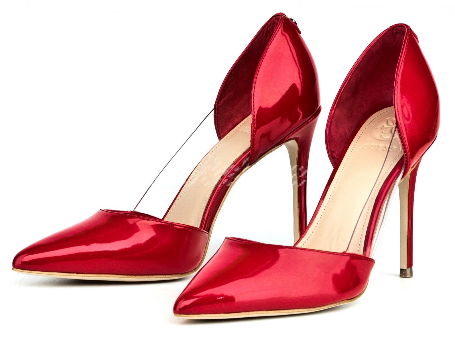 cb6723277159f ... Szpilki Damskie GUESS Czerwone Lakierowane BLISS FLBLS1 PAF08 RED ...